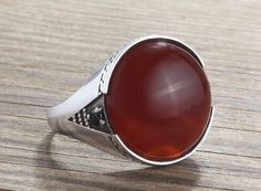 925 K Sterling Silver Mens Ring with Natural Red Agate and Black Onyx Gemstone  #Mensring #Silverringmans #Sterlingsilvering #Manssilverring #Agatering #Redstonering #Statement