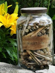 A jar and old clothespins, I can remember my mom using these kinds of clothespins to hang up the laundry. Nothing smells as nice as clean laundry hung up outside in the fresh air, sun dried. Bottles And Jars, Glass Jars, Mason Jars, Country Decor, Farmhouse Decor, Country Life, Country Crafts, Vintage Farmhouse, Country Farmhouse