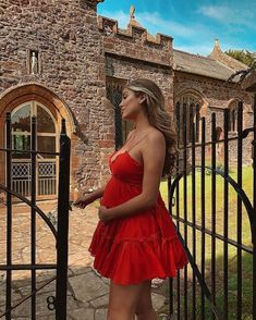 Belle Lucia> here the model is looking better than ever at pregnant.in this gorgeous red frilly dress ❣️ DRES