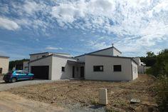 Uma casa térrea de 135 m² com espaços bem divididos e uma sa…