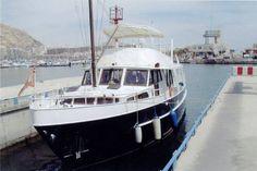 16,5 meters Dutch steel twin engine cruiser,