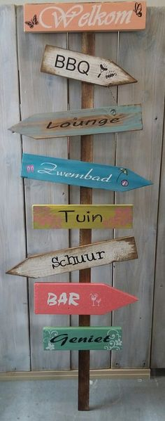 nl Nice carnival window decoration Own garden decoration for maternal granddaughter AvK DIY spring branch with pompons! Also fun for children Saloon sign with the text Saloon DIY Strawberry Balloon Party Decorations Garden party Beach Crafts, Diy And Crafts, Glamping, Ibiza Fashion, Design Your Home, Birthday Decorations, Wicker Baskets, Home Deco, Projects To Try