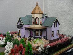 Victorian B&B Dollhouse Property 1:144 Scale