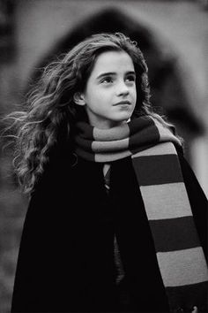 harry potter, hermione granger, and emma watson image Harry Potter World, Images Harry Potter, Saga Harry Potter, Harry James Potter, Harry Potter Characters, Harry Potter Universal, Harry Potter Memes, Harry And Hermione, Draco Malfoy