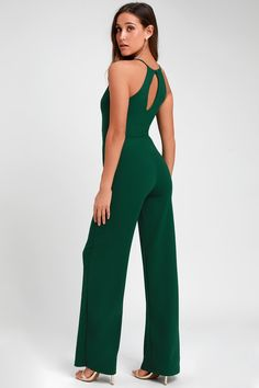 Make sure you have a go-to party look like the Lulus Aniyah Forest Green Wide-Leg Halter Jumpsuit! A halter neckline and wide-leg pants shape this jumpsuit. Formal Jumpsuit, Halter Jumpsuit, Jumpsuit Pattern, Rompers Dressy, Cute Rompers, Grad Dresses, Jumpsuits For Women, Wide Leg Pants, Evening Gowns