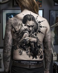 Tattoo artist Adrian Lindell black&grey portrait and abstract tattoo realism | Stockholm, Sweden