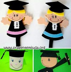 Graduados Foam Crafts, Diy And Crafts, Arts And Crafts, Preschool Graduation, Graduation Cards, Crochet Bookmarks, School Bulletin Boards, Class Decoration, Presents For Kids
