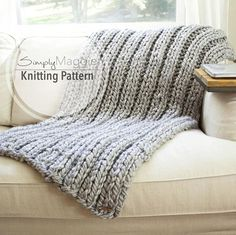 Chunky Blanket // Rib Stitch // Knit Blanket // Beginner's Pattern // Knit Blanket pattern // Simply Maggie // by – Knitting For Beginners Knitted Throw Patterns, Knitted Blankets, Knitting Patterns, Knitting Ideas, Knitting Projects, Crochet Projects, Crochet Patterns, Diy Projects, Easy Knit Blanket