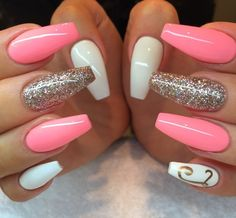 nails rose gold and white / nails rose gold nails rose gold glitter nails rose gold acrylic nails rose gold and black nails rose gold matte nails rose gold chrome nails rose gold ombre nails rose gold and white Peach Nails, White Nails, Pink Nails, Glitter Nails, Jade Nails, Yellow Nails, Purple Yellow, Pink White, White Glitter