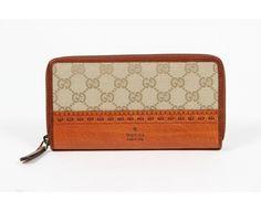 Gucci Ladies Laidback Crafty Orginial GG Canvas Clutch Wallet #Gucci #Clutch