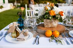 Oranges in centrepieces for weddings