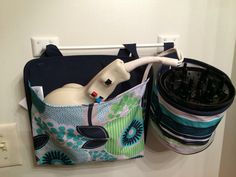 Thirty-One Gifts - Oh Snap bin and the Oh Snap pocket!