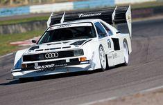 Audi Sport Quattro Pikes Peak spec on tarmack Audi Sports Car, Sports Car Racing, Audi Cars, Rc Cars, Audi Motorsport, Audi 1, Road Race Car, Vintage Race Car, Car Wheels