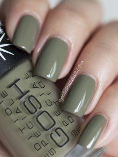 Olive green gel nail polish best designs 2018 maxicub com coffin nails Matte Olive Green Nails, Olive Nails, Green Nail Polish, Matte Nail Polish, Nail Polish Colors, Coffin Nails, Sns Nails, Manicure Y Pedicure, Acrylic Nails