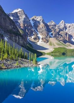 Moraine Lake, a glacially-fed lake in Banff National Park, outside the Village of Lake Louise, Alberta, Canada.