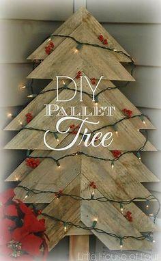 Resultado de imagem para rustic christmas trees made of of pallets