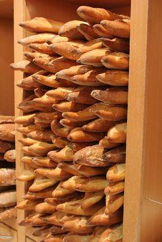 Top 10 Bakeries (Boulangeries) in Paris: Peddling Dream-worthy Bread: Le Grenier à Pain