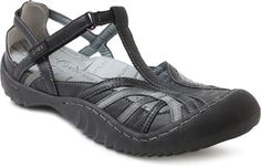 The Forest is a closed toe shoe with an adjustable strap for secure fit. This shoe allows your foot to move and be comfortable every step of the way. This shoe is extremely light-weight, and the outsole provides superior traction and flexibility. The Forest is available in black, red and brown.