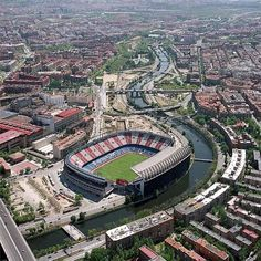 Stadium Vicente Calderon in Madrid Spain Home of Atletico Madrid Fifa Football, Football Stadiums, At Madrid, Soccer Stadium, Football Pictures, Camp Nou, Spain And Portugal, European Football, Lionel Messi