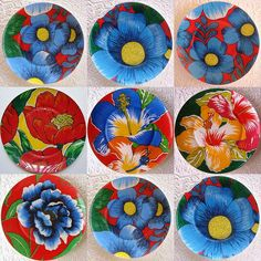 Pratos c/ chita Ceramic Plates, Decorative Plates, Decoupage Plates, Beautiful Flowers Wallpapers, Hand Painted Ceramics, Diy Canvas, Flower Wallpaper, Plates On Wall, Boho Decor