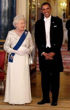 Queen Elizabeth II Photo - The Obamas Attend the State Banquet