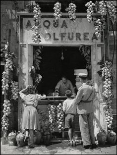 Herbert List ITALY. Naples. Lemonade Seller. 1949.