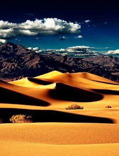 Mesquite Flat Dunes, Death Valley,California, USA