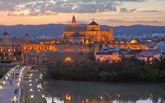 Anochece en Córdoba / Sunset over Córdoba, by @cordobaesp
