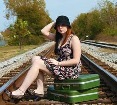 this would be perfect for me, railroad behind my house with my bags packed.