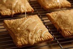 homemade apple-cinnamon pop tarts