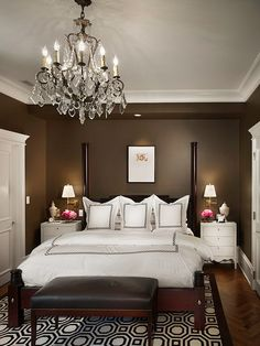 A Series of Cute Pictures for Small Master Bedroom Decorating Ideas (8)    PN: wall colour/contrasting tones; small bedside tables (need extra plugs)