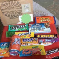 Taffy mail! If you want 15% off a box of American sweets then use BESTIE15 #taffymail#repostingbecauseiforgottocovermyaddresslikeawally#dadthesnickersaregonealready @graham.yates
