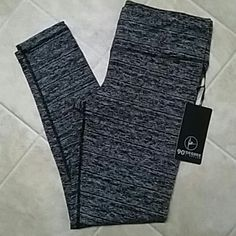 90 degrees by reflex Nice thick workout legging... 90 degree high performance moisture wicking technologywill keep you cool and comfortable... Provides freedom of movement and a great fit!! Says XL.. Price says $78... I paid $40 90 degree Pants Leggings