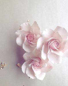We adore roses! These are the sugar variety.  #roses #sugarflowers #springwedding #floralelegance #instalove #loveroses #blush #pink