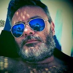 #Valencia #Beach #Mediterrraneo #Sunglasses #Me #Carmelo #Madrid #Selfie #AunionCreatividad #Aunion #Color #Portrait #Spain #Man #Madrid #Funny #Divertido ©www.aunioncreatividad.com