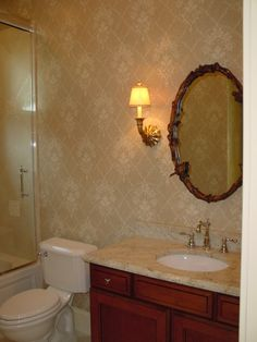 pretty stain and mirror