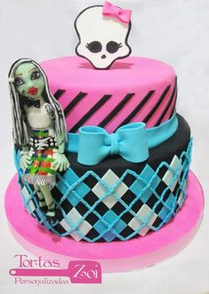 . Monster High Cakes, Birthday Cake, Desserts, Food, Food Cakes, Tailgate Desserts, Deserts, Birthday Cakes, Essen