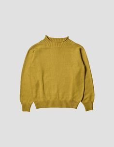 MENS REGULAR FIT, MIDWEIGHT JUMPER HANDKNITTED BY MARION FOALE EXCLUSIVELY FOR MARGARET HOWELL. RELAXED HIGH NECK, HORIZONTAL RIB DETAILING ACROSS YOKE AND SIGNATURE DIAMOND DETAIL ON BACK.   100% COTTON  HAND WASH