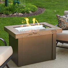 Fire Pit Art, Wood Fire Pit, Gas Fire Pit Table, Concrete Fire Pits, Wood Burning Fire Pit, Diy Fire Pit, Outdoor Propane Fire Pit, Outdoor Fire, Outdoor Living
