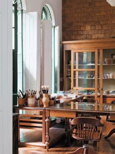 Great workspace for any artist - featured in Casa in Brazil