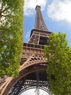 Top 25 Attractions Around the World in 2014: Eiffel Tower