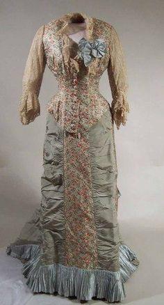 Dress (image 1)   1895-1900   silk, satin, muslin, cotton   Manchester Art Gallery   Accession #: 1960.13