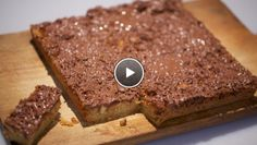 Macadamia cake with chocolate (recipe in Dutch) - by 24kitchen.nl