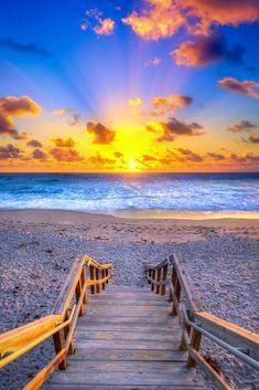 Christmas Eve Beach Sunrise From Jupiter, Florida Photo By: Kim Seng Source Flic. Sunset Beach Florida, Ocean Sunset, Beach Sunrise, Beach Sunsets, Sunset Pics, Florida Beaches, Ocean Beach, Palm Beach, Sunrise Landscape