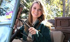 Bindi Irwin tops off her 16th birthday by getting her learner license