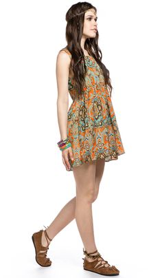 Короткое летнее платье, бохо стиль, этническая одежда, платье из Индии, стиль хиппи, Short summer dress, bohemian, boho style, ethnic clothing, Dress from India, hippie style. 1240 рублей