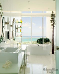 Modern Bathroom which a view and bright would be an ultimate dream for me Coastal Bathrooms, Beach Bathrooms, Luxurious Bathrooms, Modern Bathrooms, Beautiful Bathrooms, Small Bathroom, Feminine Bathroom, Modern Bathroom Design, Bathroom Pictures
