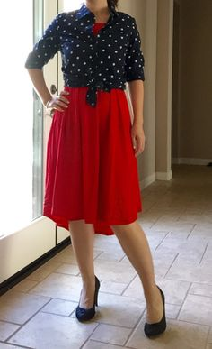 How to dress up a Lularoe Carly. Pair a dressy button up knotted at the waist and add some heels. Lularoe Carly Dress, Lularoe Dresses, Carly Lularoe Styling, Lularoe Clothes, Swing Dress, Dress Up, Cute Dresses, Cute Outfits, Warm Outfits