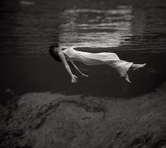 Toni Frissell  In her legendary photos Toni Frissell impresses with a strong trend toward surrealism or realism. The photo presented below, although in black and white, is both extremely sharp and clear. To achieve such level of clarity in black and white is extremely hard