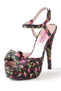 Retro floral sandals / Betsey Johnson